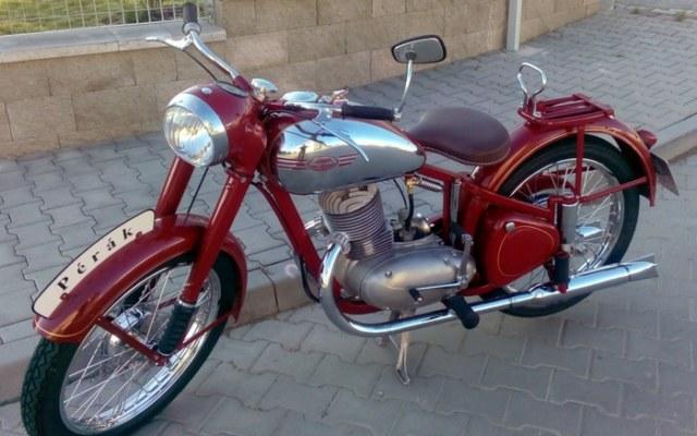 Kompletní renovace Jawa 250 pérák 1949