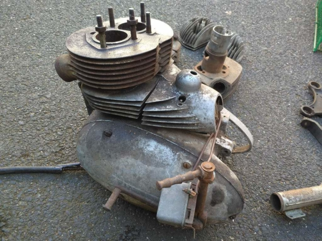 motor pérák 350 původní stav